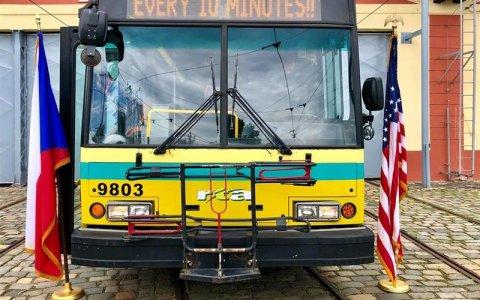 Jeden z posledních českoamerických trolejbusů Škoda 14 TrE je vystaven v Muzeu MHD